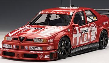 AUTOART: ALFA ROMEO 155 V6 TI DTM 1993 LARINI #8 ZOLDER WINNER / SERIES CHAMPION (schaal 1/18)