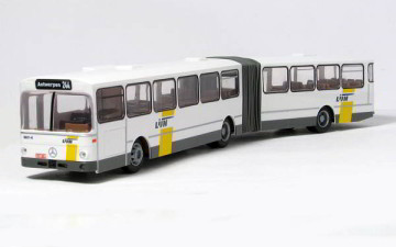 Rietze 74514 – Mercedes-Benz O 305 G De Lijn (BE)