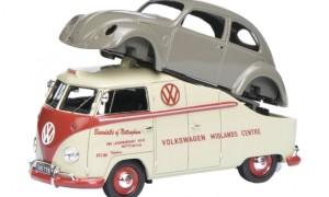 """VW T1a """"Midlands Centre"""" met  VW Brilkever"""